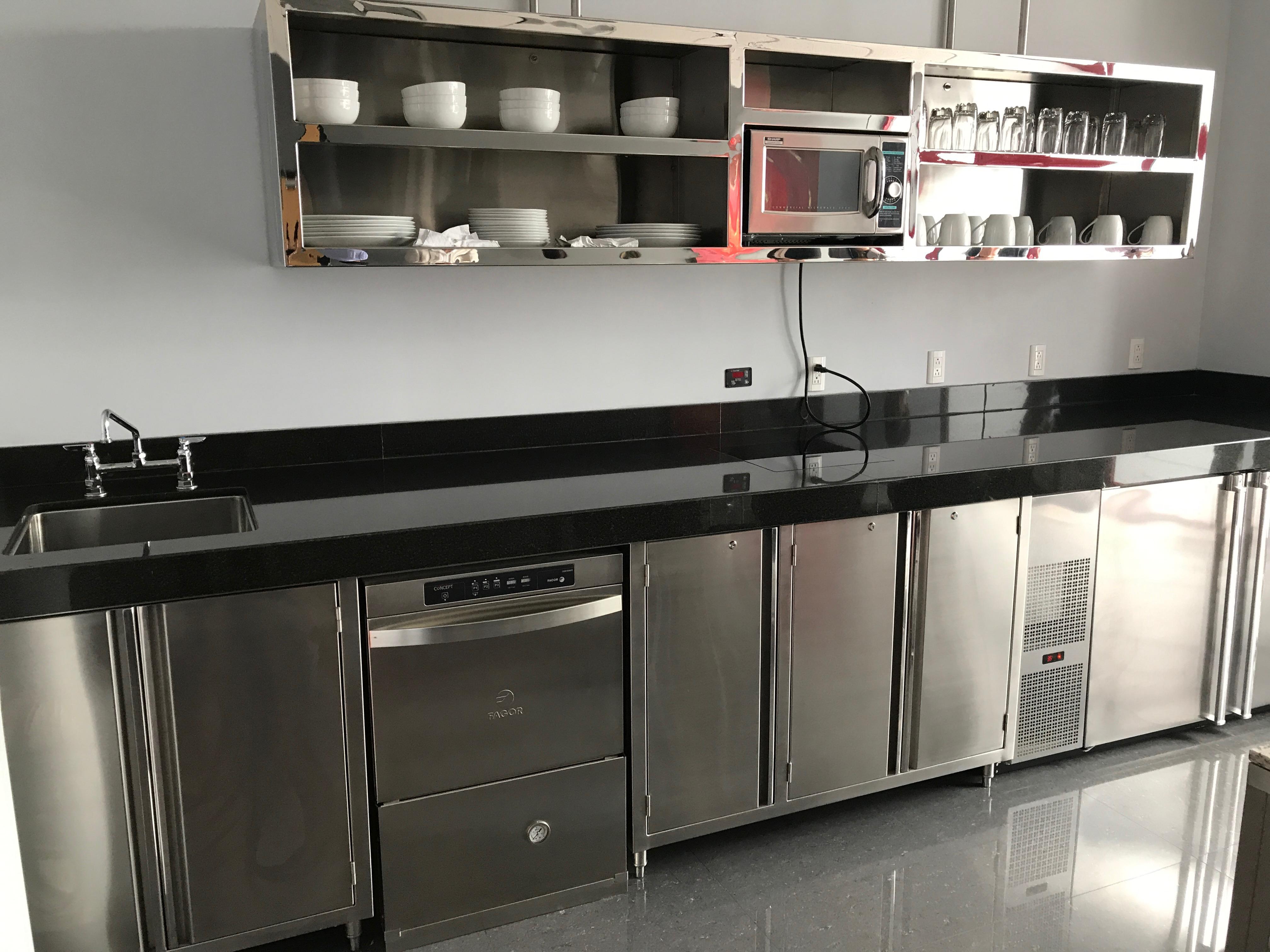 Cocinas industriales equipamiento y muebles de acero for Cocinas industriales en acero inoxidable