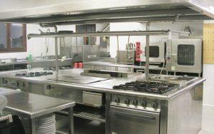 Muebles de acero inoxidable, la mejor opción para tu cocina